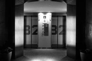 428006 entrance way